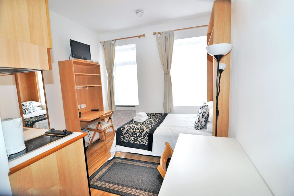 Studio accommodation for professionals, west London