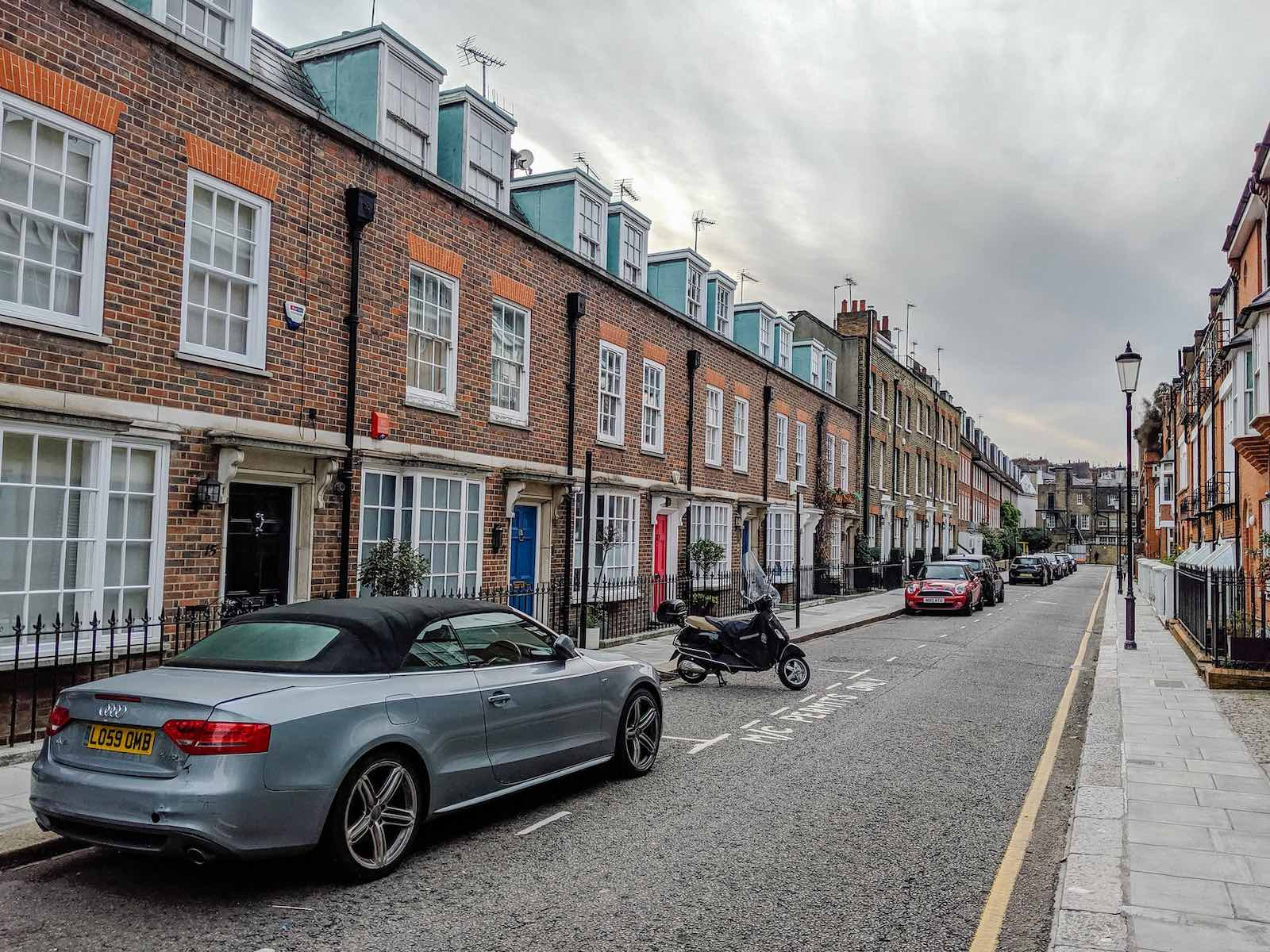 The Complete Guide to Renting a Flat in London in 2021 - Renting in Earls Court