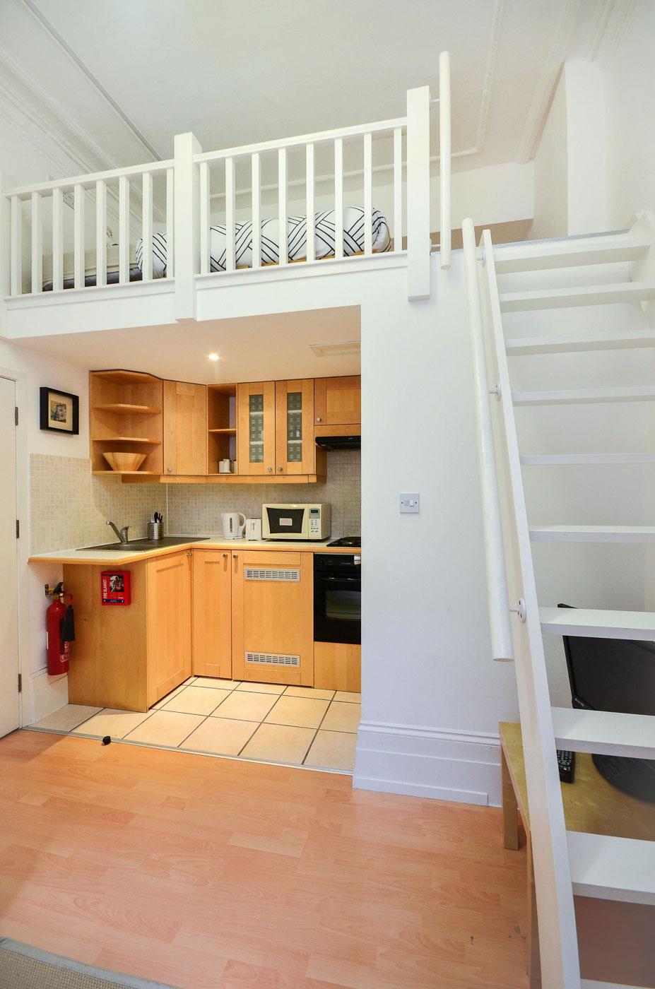 London studio flat